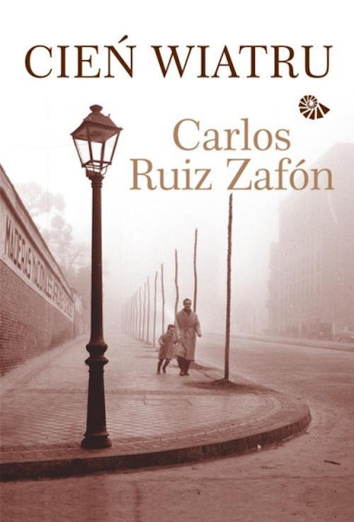 Recenzja książki Cień wiatru - Carlos Ruiz Zafón